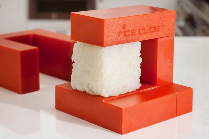 TRY YOUR HAND AT HOMEMADE SUSHI WITH THIS RICE CUBE