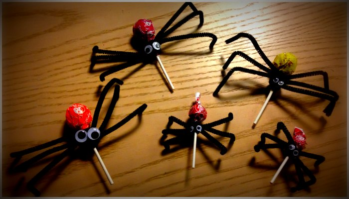 Spider lollipops for Halloween