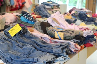 where to get discounted clothes for kids