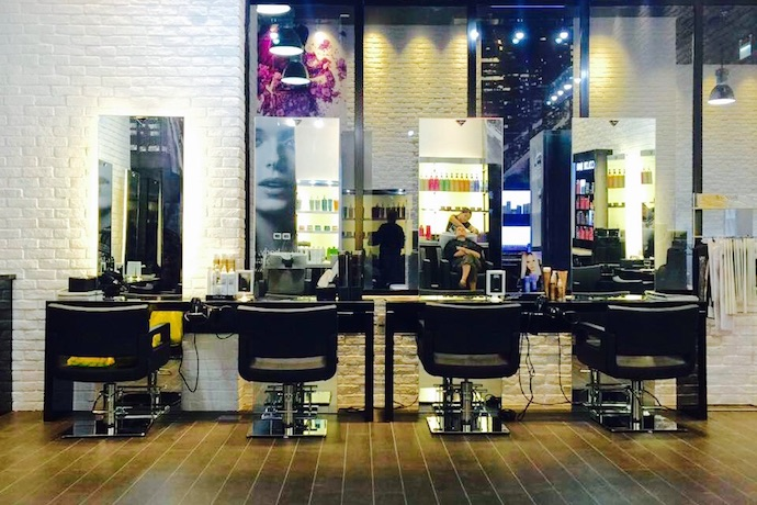 Try this luxurious conditioning hair treatment in dubai for 5th avenue nail salon
