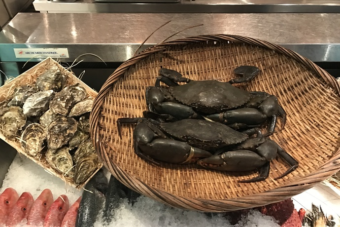 Head to this seafood restaurant in dubai for the freshest